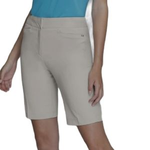 - Tail Classic Golf Shorts SPF 50 size 18
